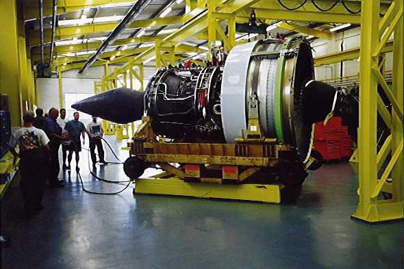 Spostamento motore aeroplano AVT europe